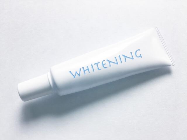 ホワイトニング歯磨き粉の効果や使い方は?おすすめの市販商品5選